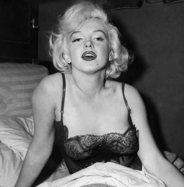 Undressed - London - A brief History of Underwear - Marylin Monroe